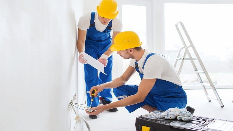 Know How One Can Choose the Right Electrical Contractor